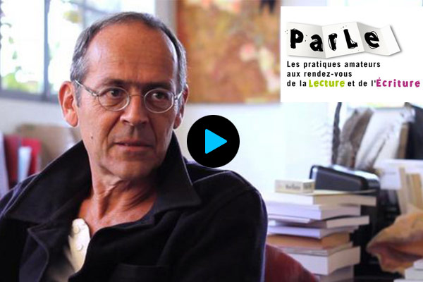 Entretien vidéo avec le philosophe Bernard Stiegler, sur le partage de connaissances et l'éducation populaire à l'heure du numérique.