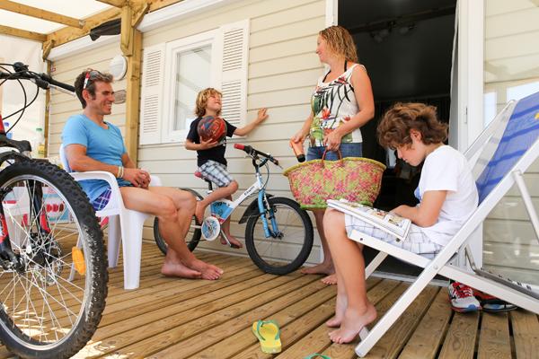 © Charles Crié/CCAS Vacances en famille au camping Campéole Penn Mar à Baden (56)