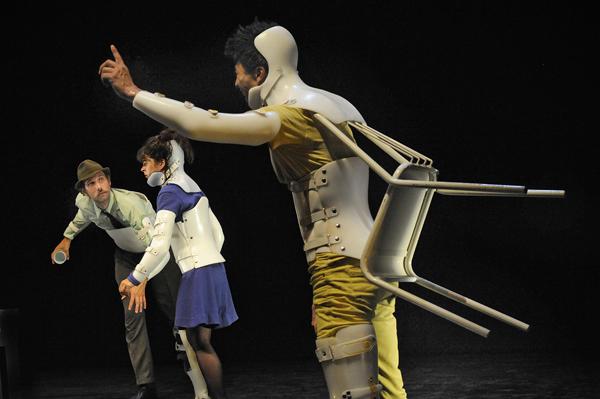«Mon amour, ma béquille, ma bataille», de la compagnie L'automne Olympique / Joseph Marando/ccas