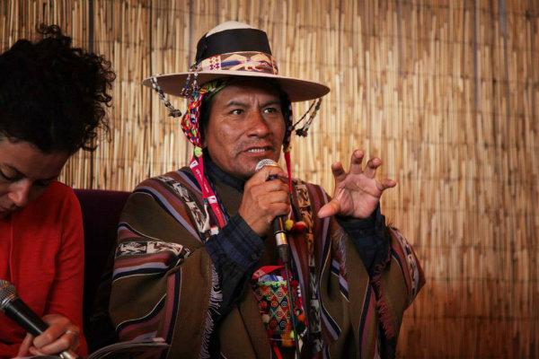Discussion sur les démocraties indiennes dans les Andes boliviennes ©Avel Corre/Festival de cinéma de Douarnenez 2015