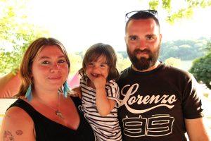 Alexandre et Jessica Lévèque et leur fille Tessa bénéficiaires de Troyes © Noémie Coppin/ccas