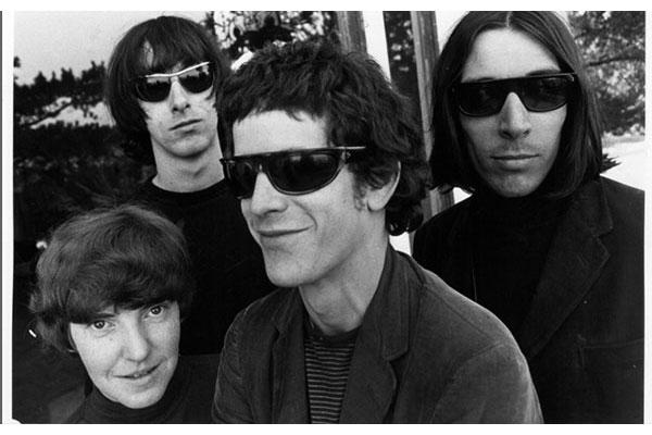 The Velvet Underground au Castle, Los Angeles (1966). De g. à d. : Moe Tucker, Sterling Morrison, Lou Reed, John Cale © Gerard Malanga