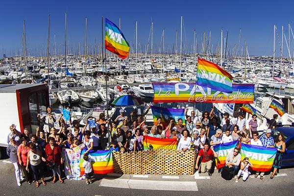 La CMCAS de Marseille sur l'embarcadère pour la Journée internationale de la Paix©E.Raz/ccas