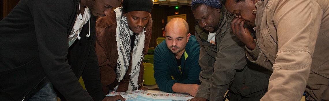 12254_-_Accueil_des_migrants_header-dossier
