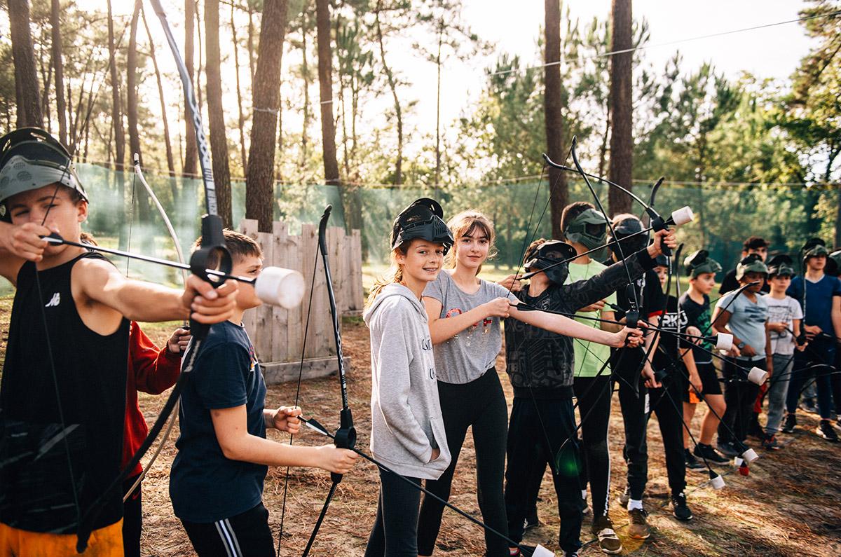 """Battle de tir à l'arc façon """"Hunger Games"""", colo 12-14, Passion Sport à Soulac (Gironde), octobre 2019."""