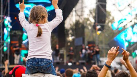 Concert en plein air - image d'illustration